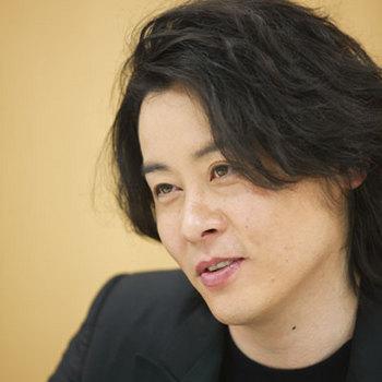 kawamura-ryuichi-beauty-and-the-beast1.jpg